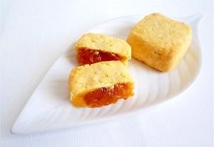 パイナップルケーキ 台湾土産 鳳梨酥
