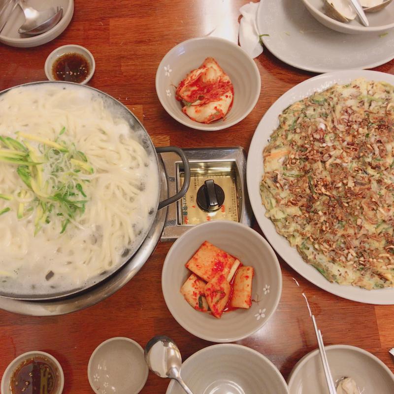 韓国料理がウチらの仲を一層HOTにしてくれた