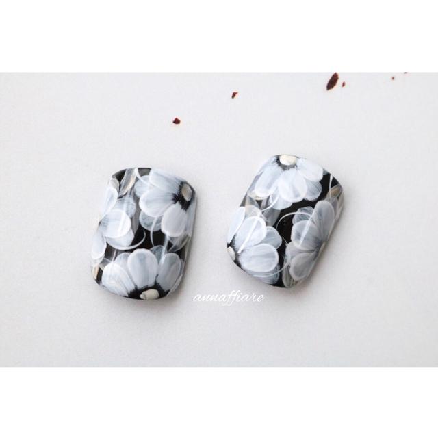 黒×白:センスたっぷりのシンプルなアートを