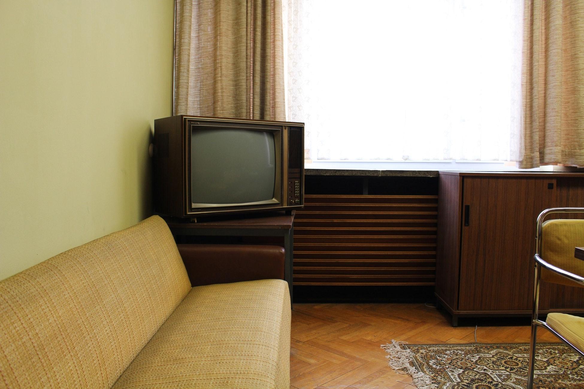 ex.)「この前のテレビで~」
