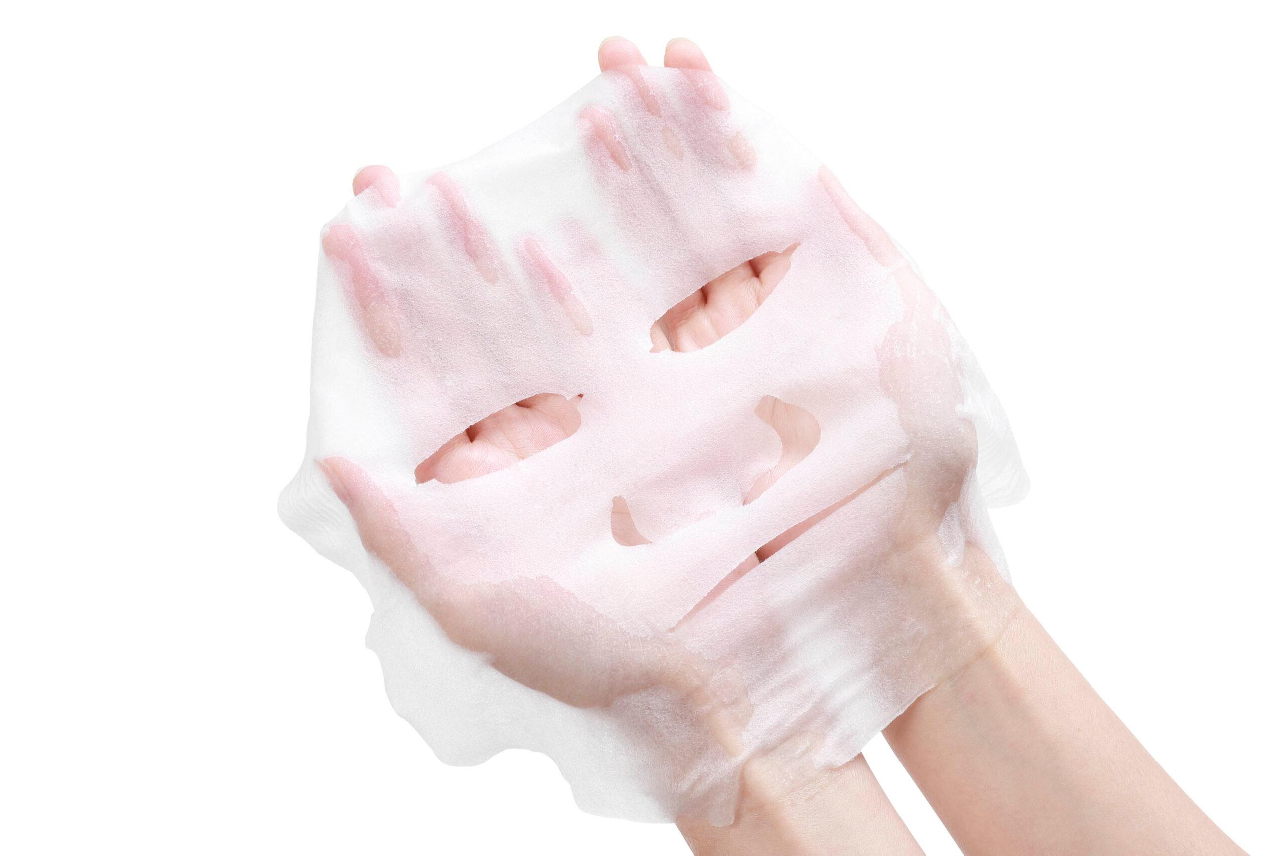 シートマスクで保湿ケア