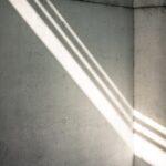 「照明は明るければいい」は大間違い。メイクの仕上がりがグッと変わる照明テク