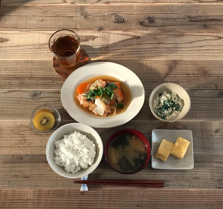 17:51__早めの夕食タイム