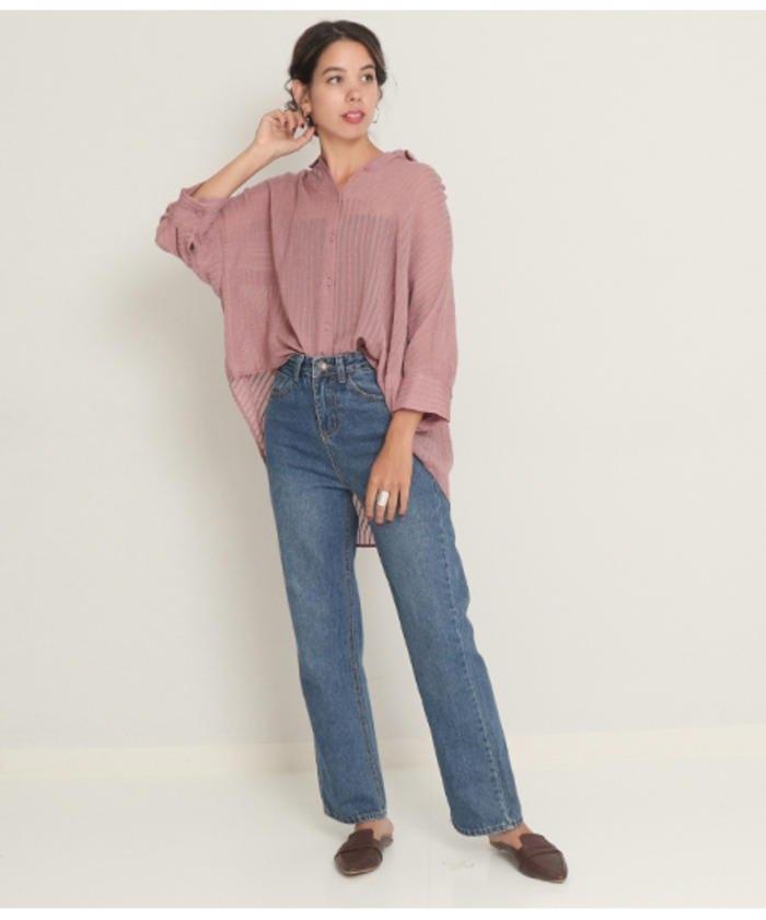 ピンクストライプシャツ×デニム