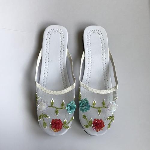 Mesh beads sandal (white colorful flower)