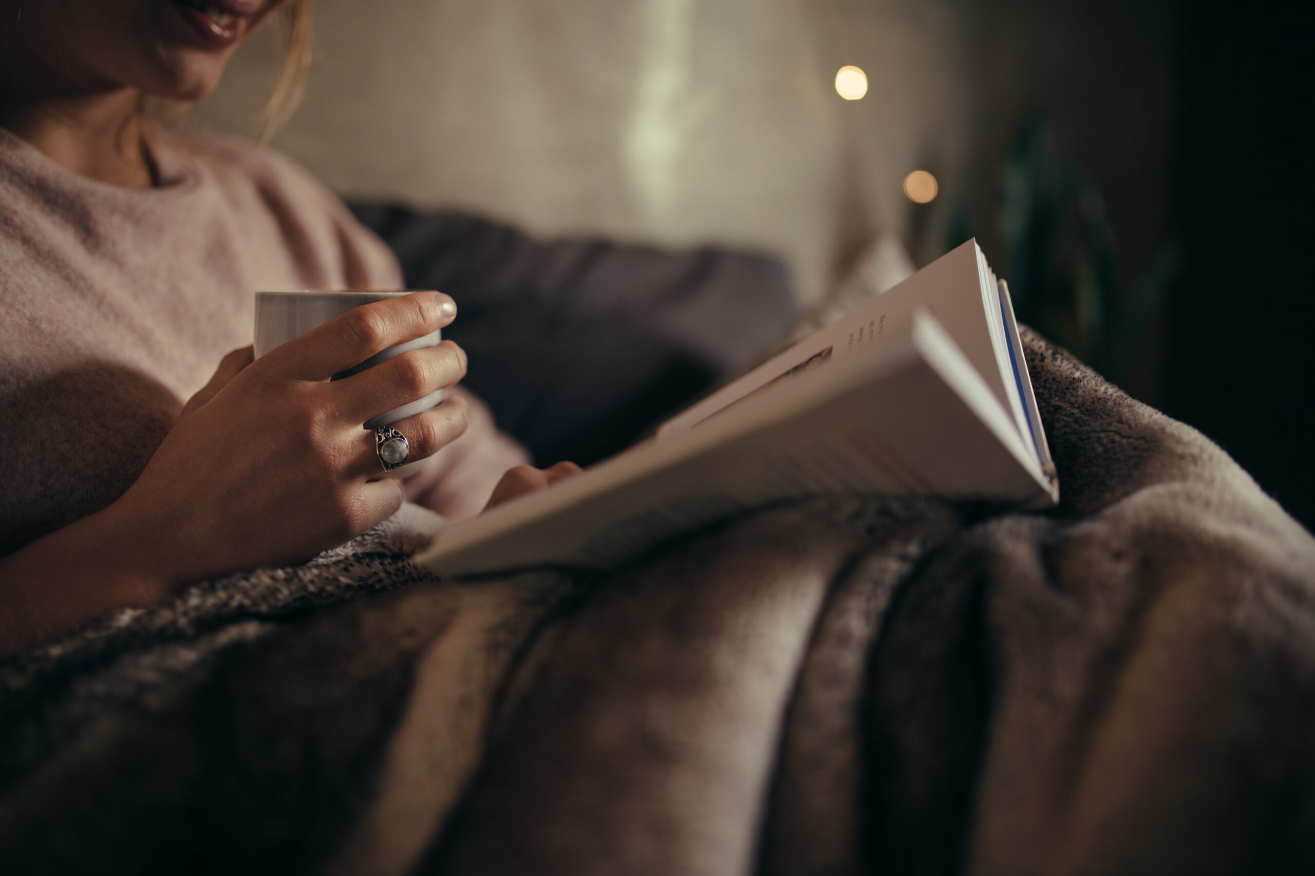 寝る前の読書、小説だけだと思ってない?