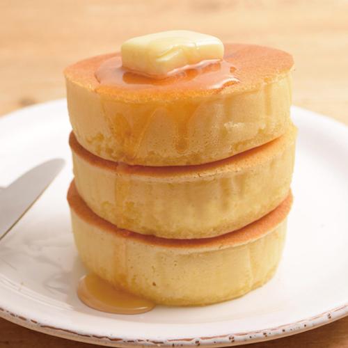 型を使えば簡単にふっくらパンケーキに