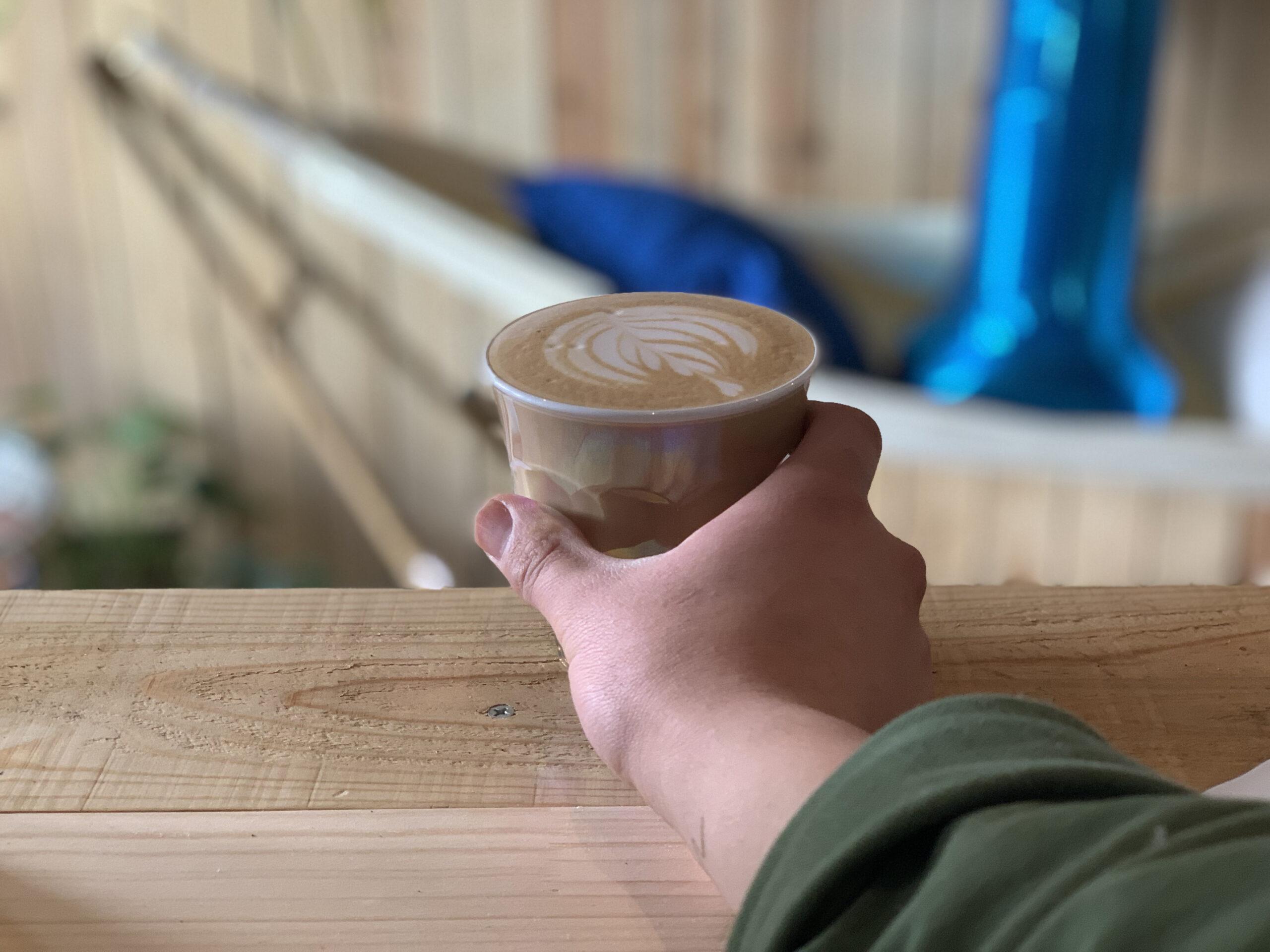 ▷一人カフェでまったりとした時間を