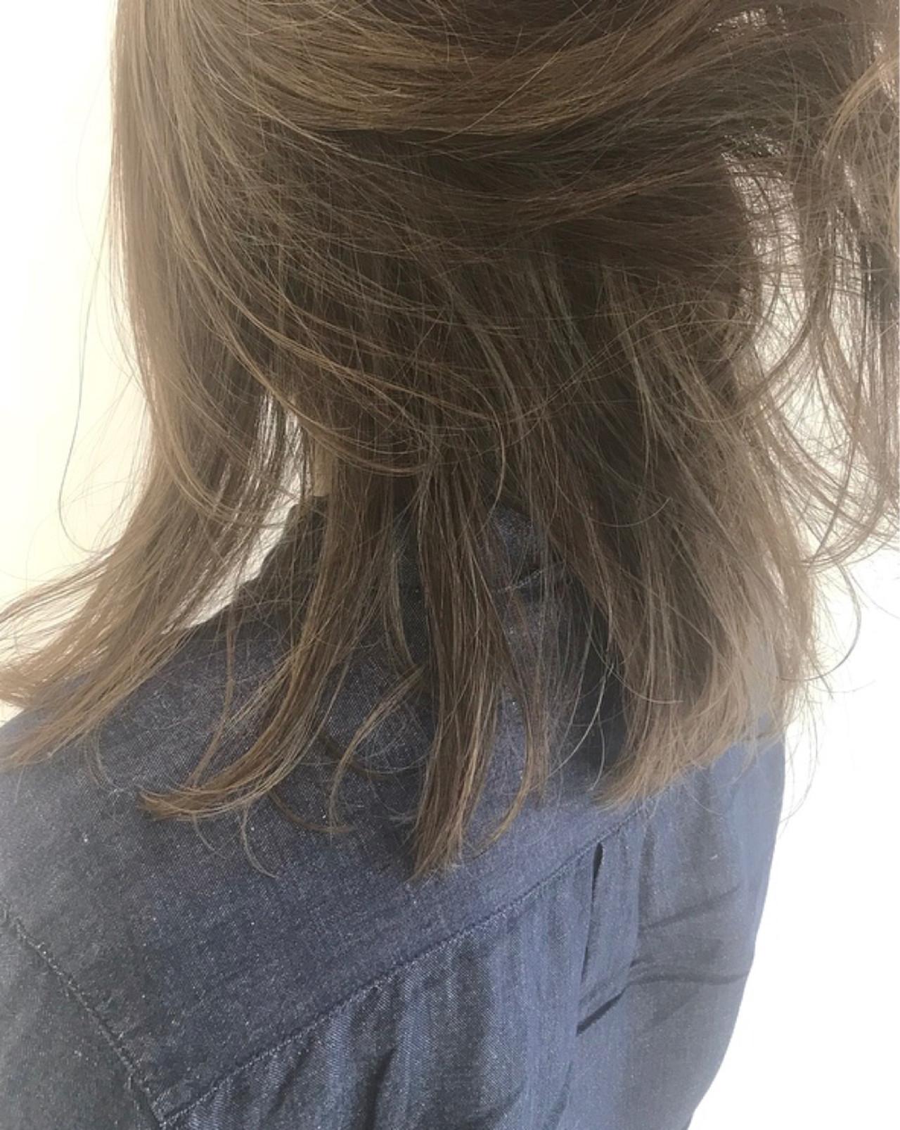 ブリーチなしで髪の負担も少なく