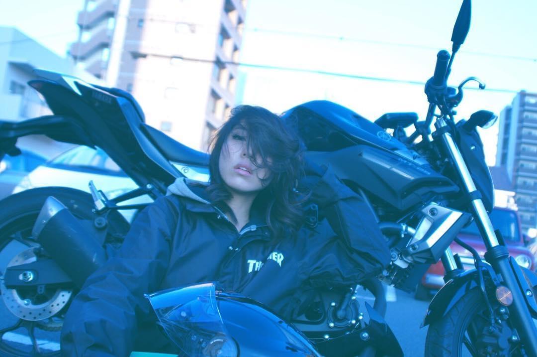 バイクに乗れる女性、カッコよくない?