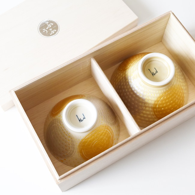 ふうふ金彩丸紋飯碗ペアセット