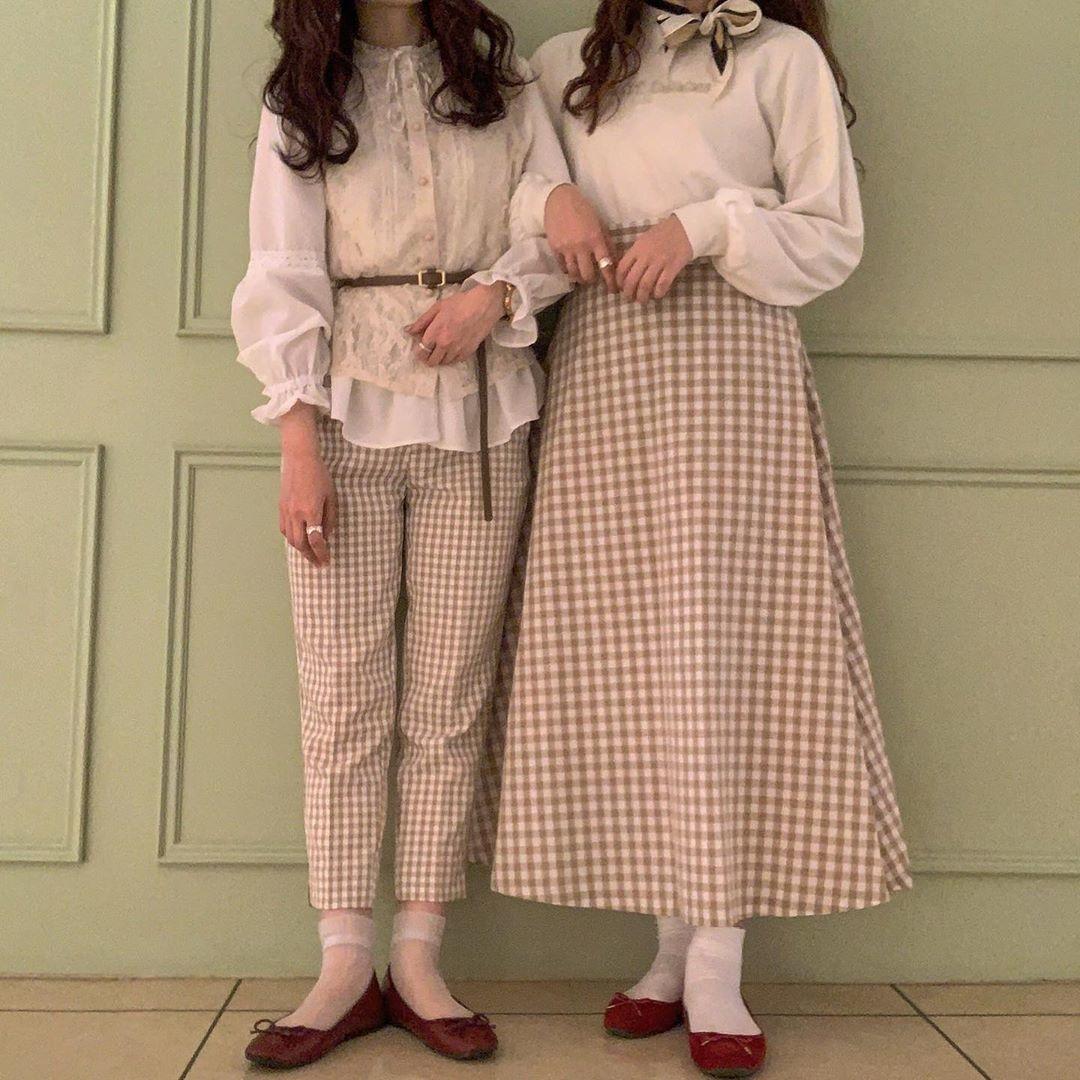 """揃えて、撮って、統一感。相方と""""似ている服""""だけで完成させる、シミラールック"""