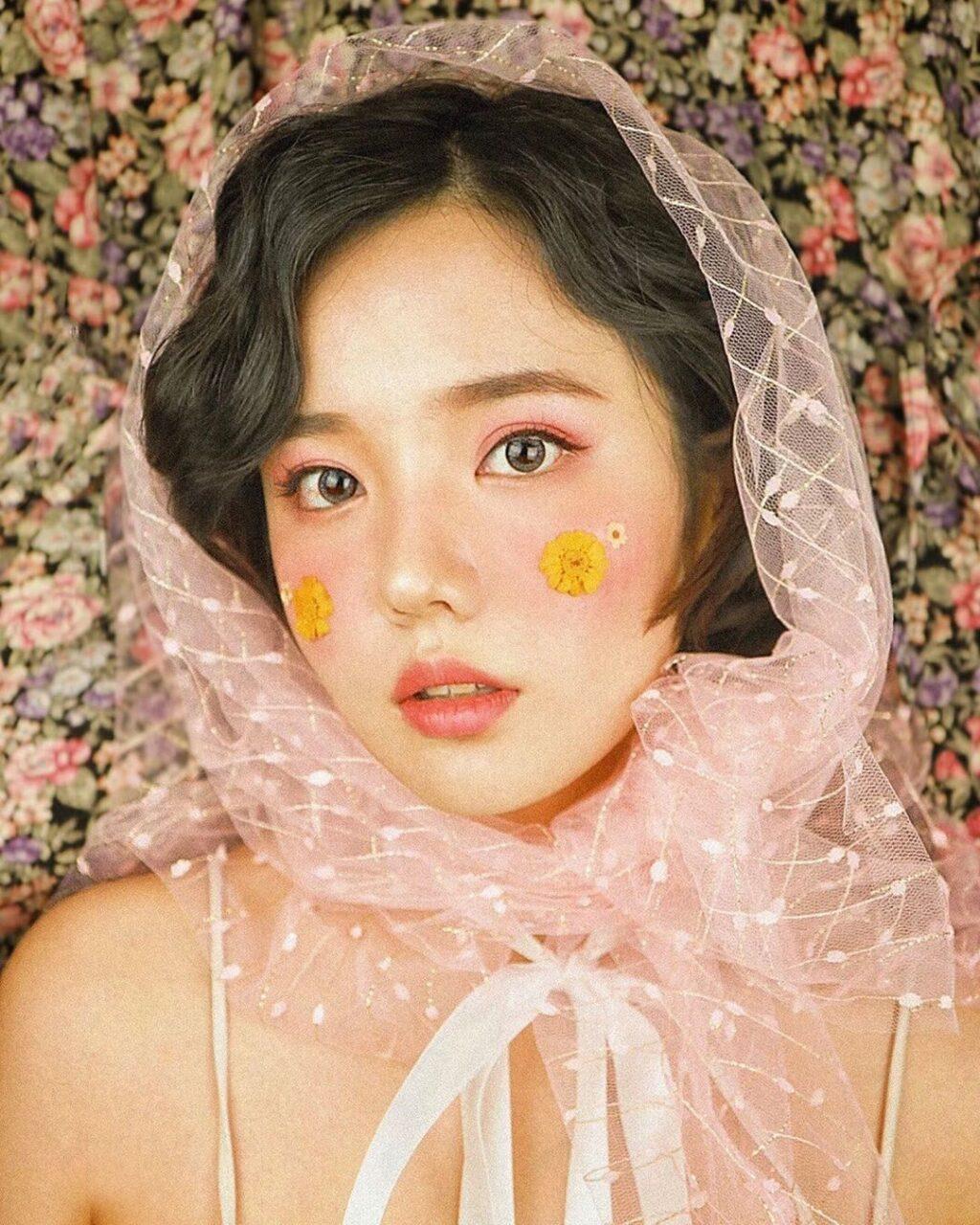 目指せ、不動のセンター顔♡誰もが憧れる韓国美人「アイリーンメイク」のやり方