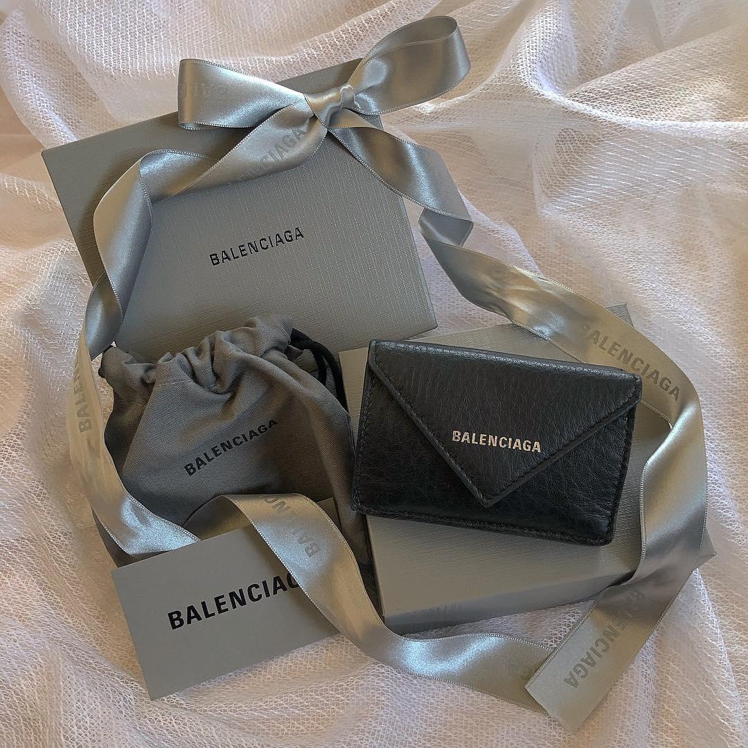 """大人っぽいお財布が欲しいお年ごろ。人気ブランドの""""ミニ財布""""で素敵な女性に"""