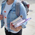 大学生の夏休み、昼夜逆転してしまいました。スムーズに日常に戻るための4STEPS