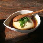 豆腐は七変化させていただきます。サイドからデザートにもなる便利なレシピ9選