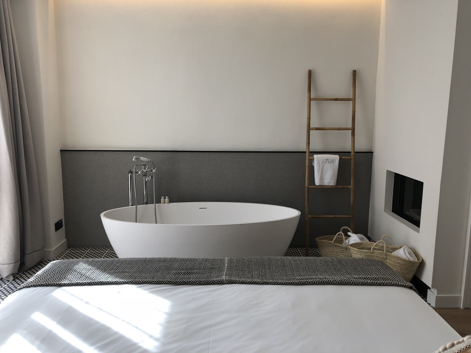 お風呂のお湯は何度ですか?