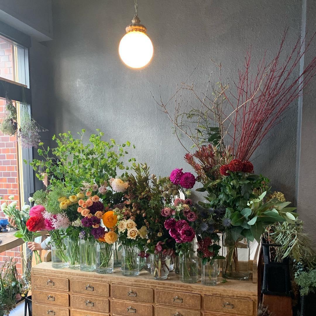 1_ex. flower shop & laboratory