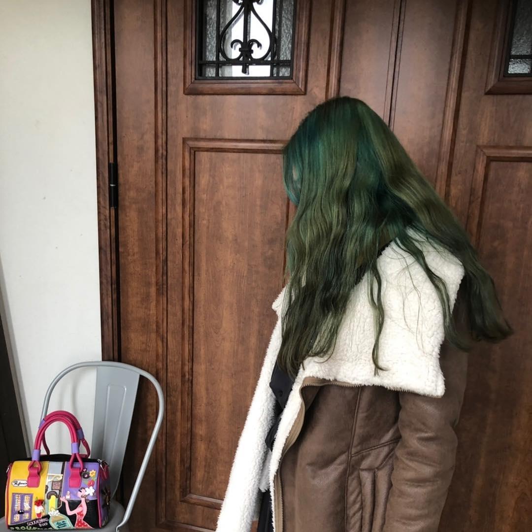 いろんなグリーンカラーをミックスして