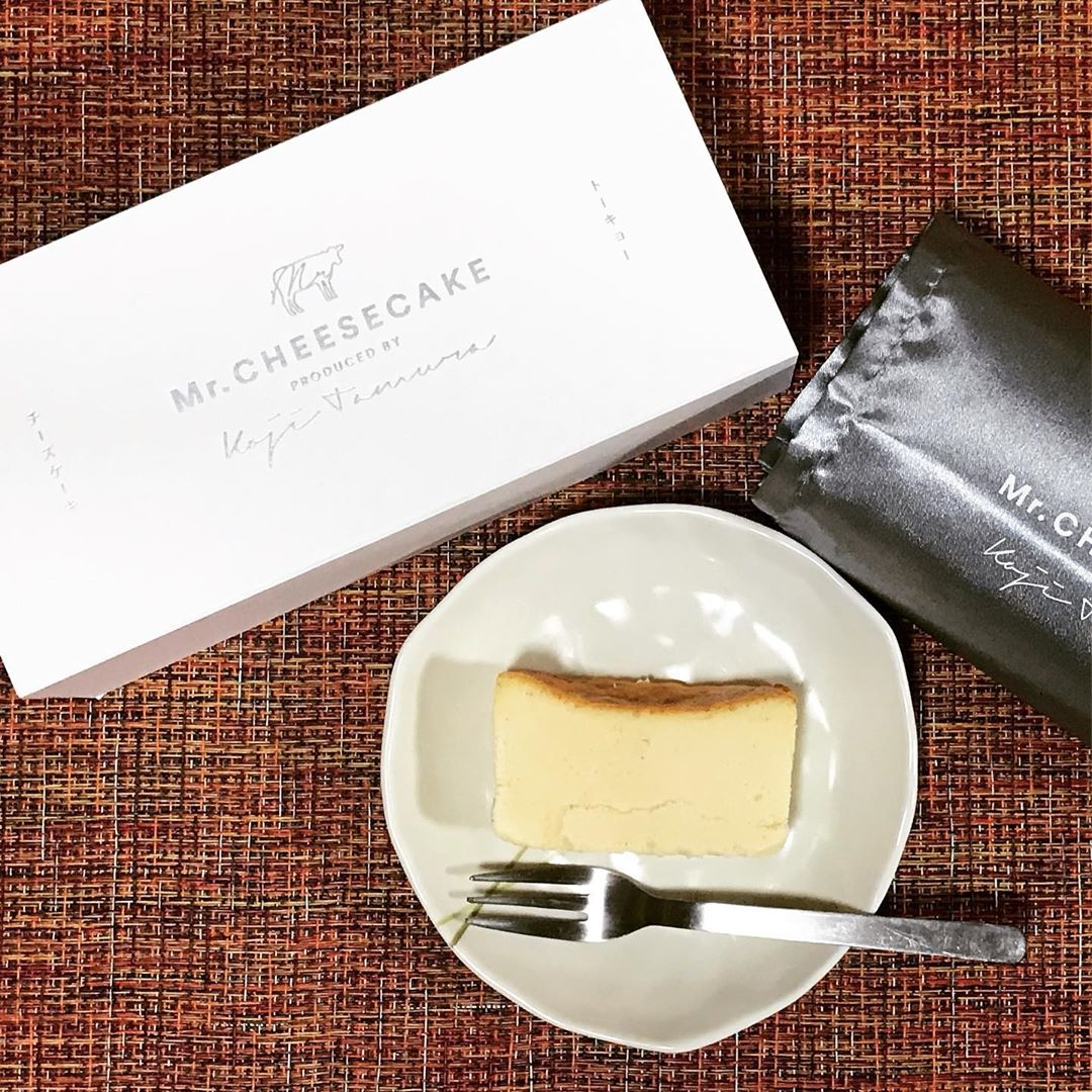 (1)Mr.CHEESECAKE:箱入りチーズケーキ
