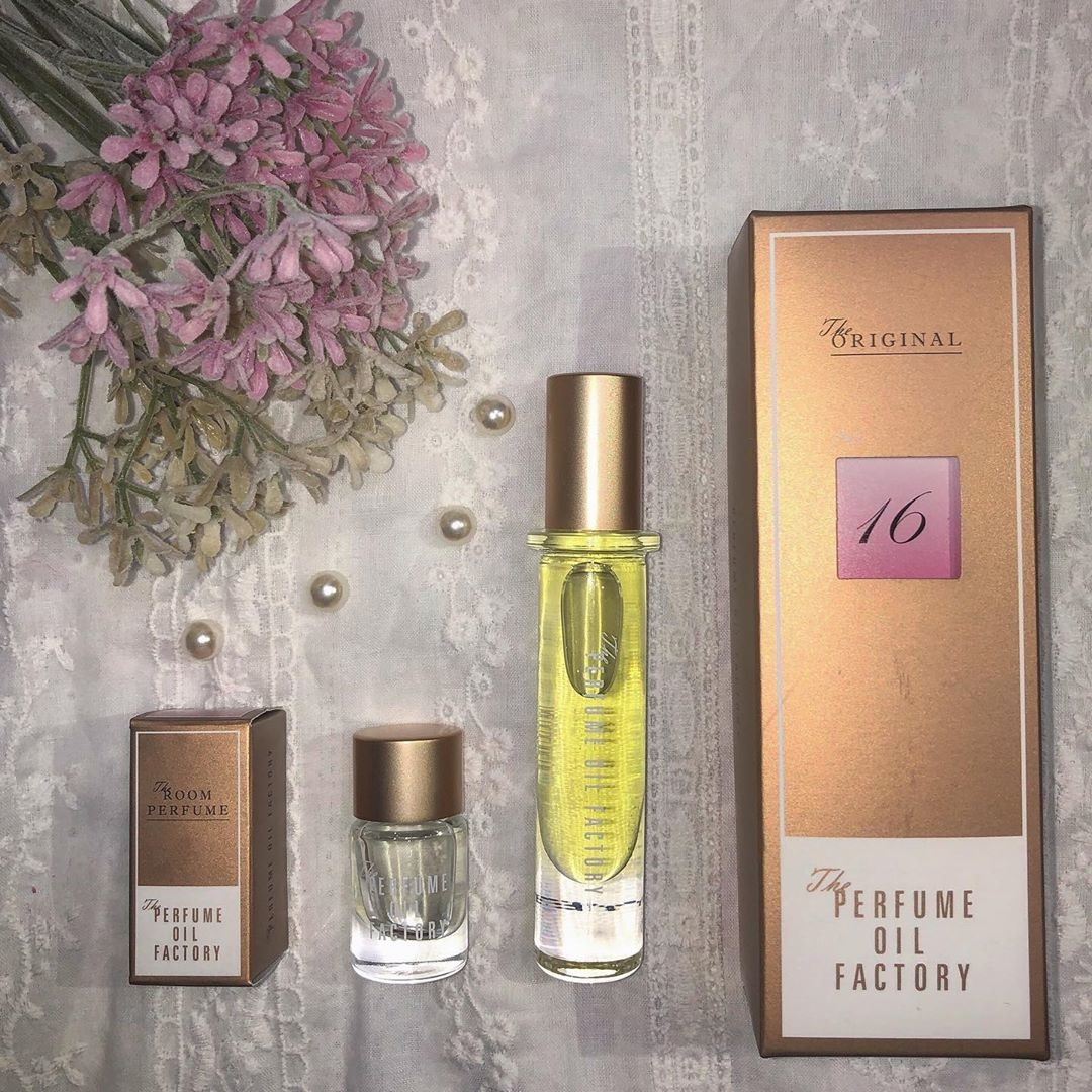 :The PERFUME OIL FACTORY