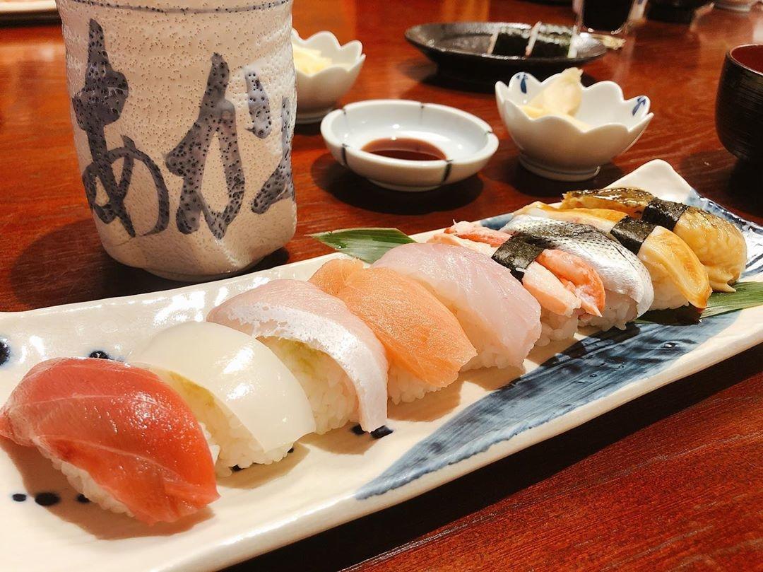 『あかめ寿司』