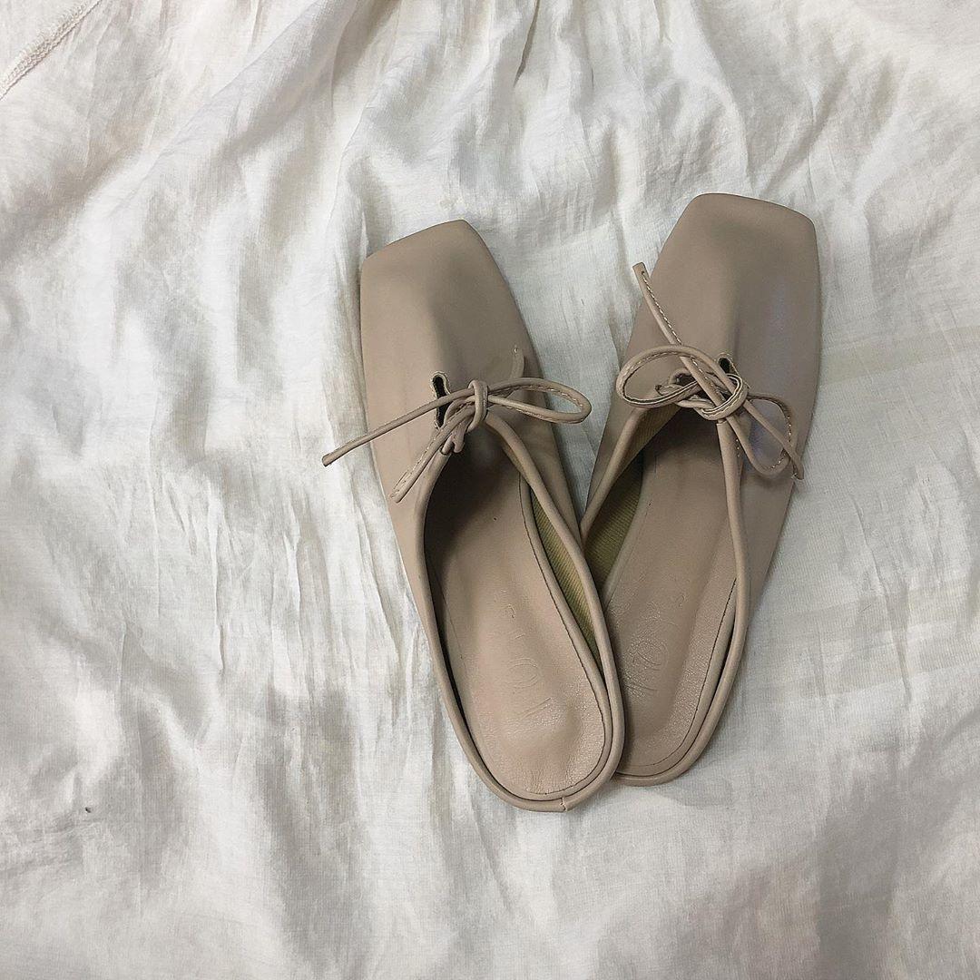 toe square ribbon shoes