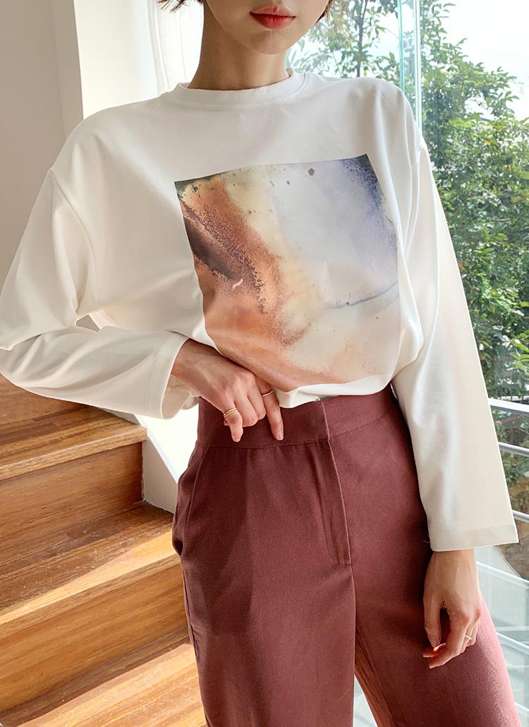 スクエアプリントTシャツ