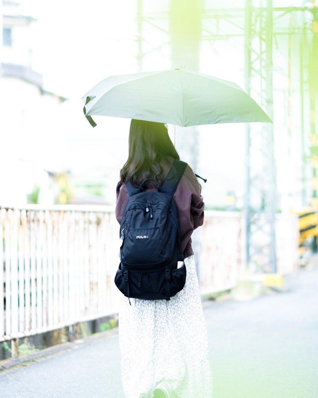 雨の日が嫌いになったのはいつから?外と中、2パターンで過ごす充実の休日に密着
