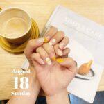 秋を取り入れるなら銀杏カラーで。気分もまったりできるマスタードネイル図鑑