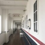 S.S.コロンビア号の2階にある秘密基地。テディ・ルーズヴェルト・ラウンジへ