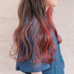 いつもの髪に、ポイントカラーのアクセサリーはいかが?特徴と人気カラーに迫ります