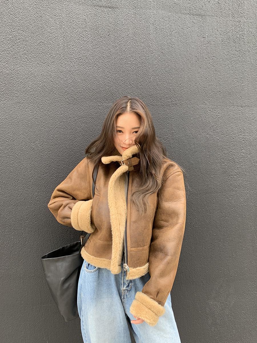 着るだけでお洒落に見える説。韓国女子からラブコールが絶えないムスタンの選び方♡