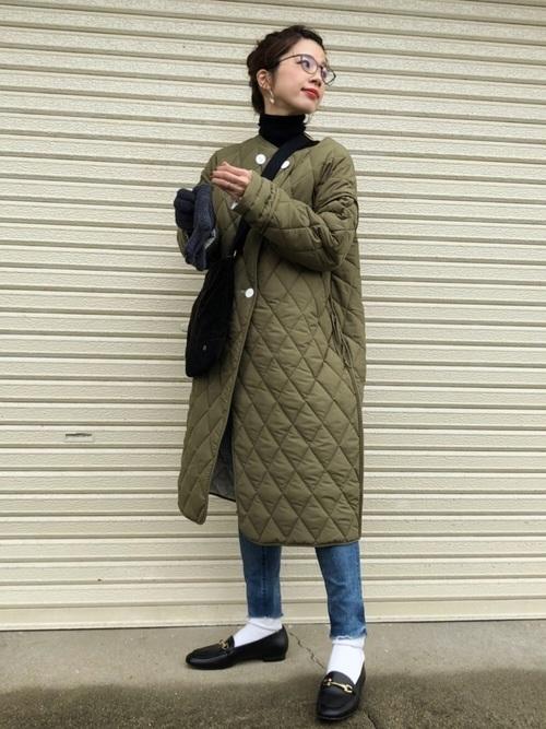 キルティングコートは、重ね着したい人向け