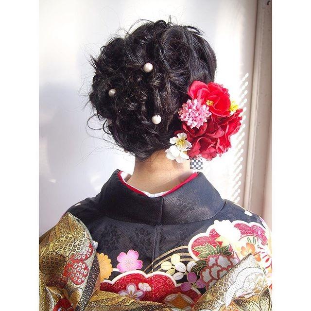 髪飾りはバランス重視で