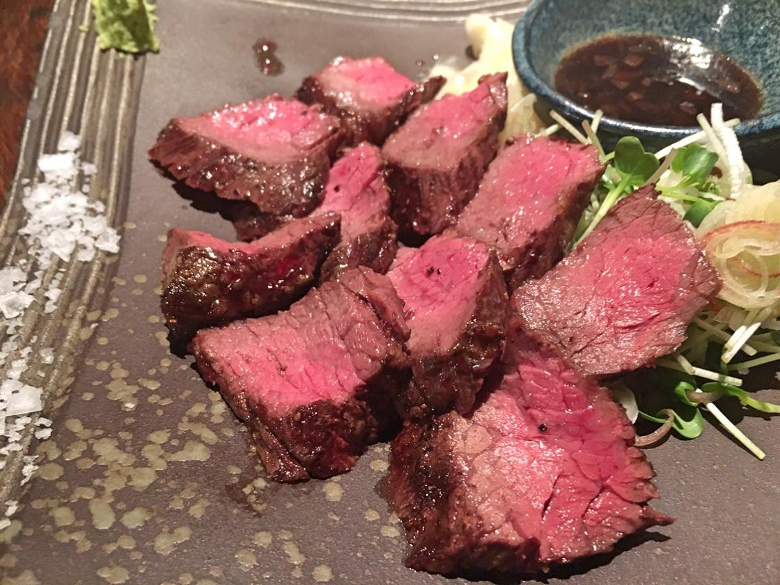美味しいお肉を食べた時は「肉肉しい」