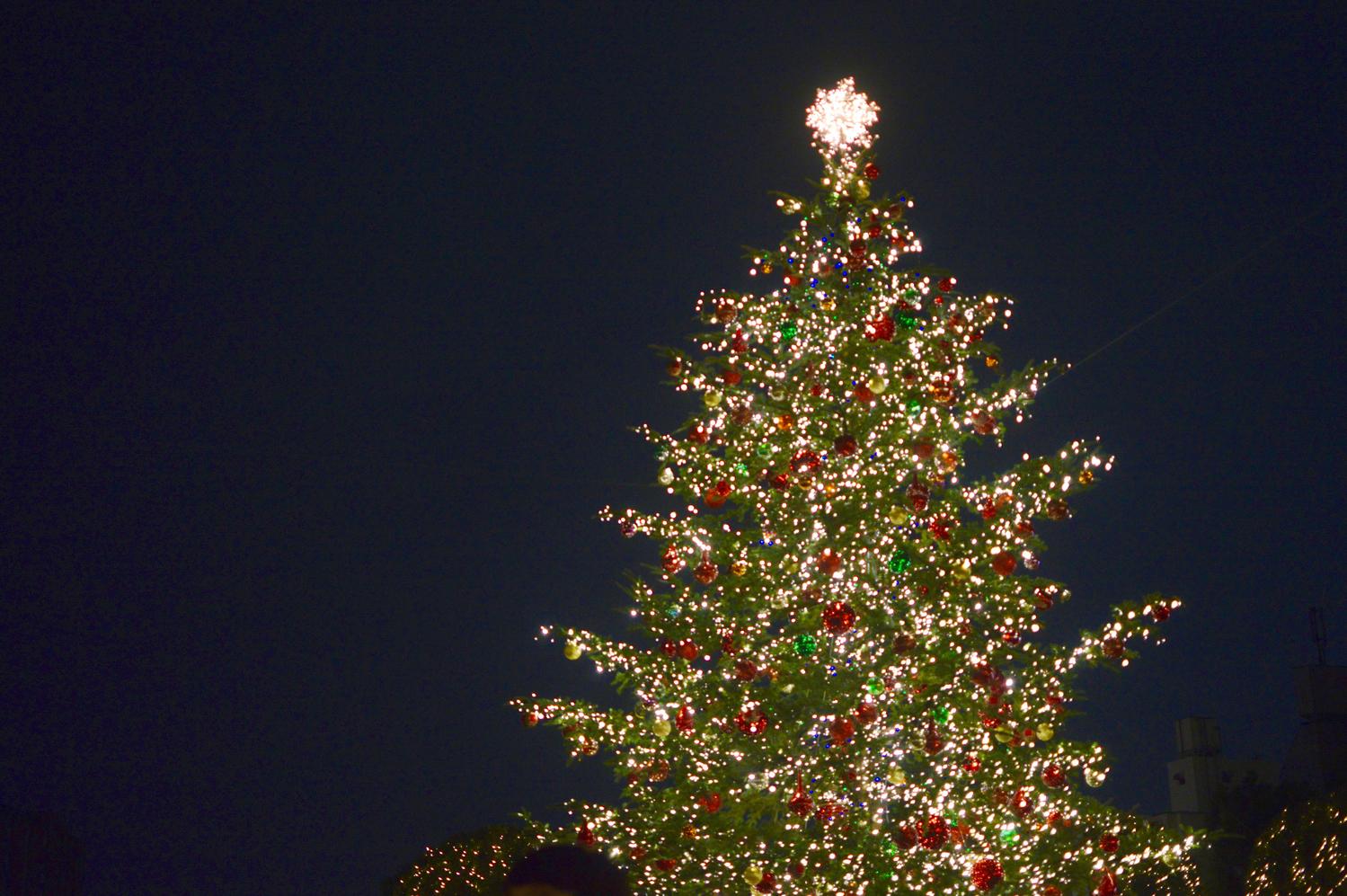 街中がキラキラ輝くクリスマス