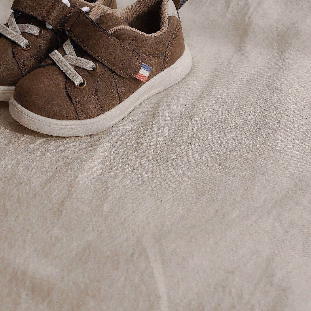 息子靴|簡単に履けて脱ぎにくいバリバリ靴