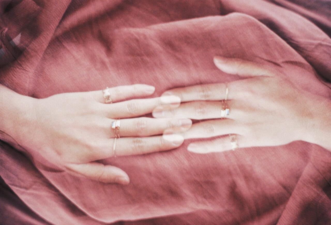 禁断の恋でも恋愛はインフレ。好きになっちゃいけない人を好きになった女の子へ贈る話