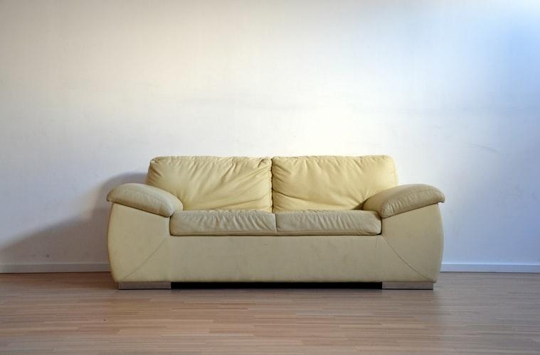 彼女の主張03:「家具、欲しいじゃん?」