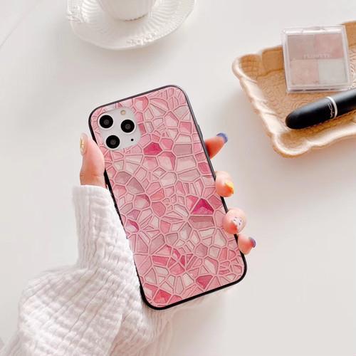 最新のiPhoneを可愛いケースで♡
