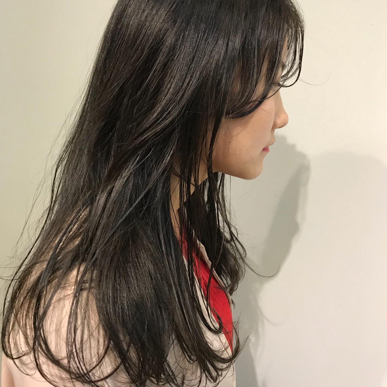 b|黒髪ロングのウェットヘア