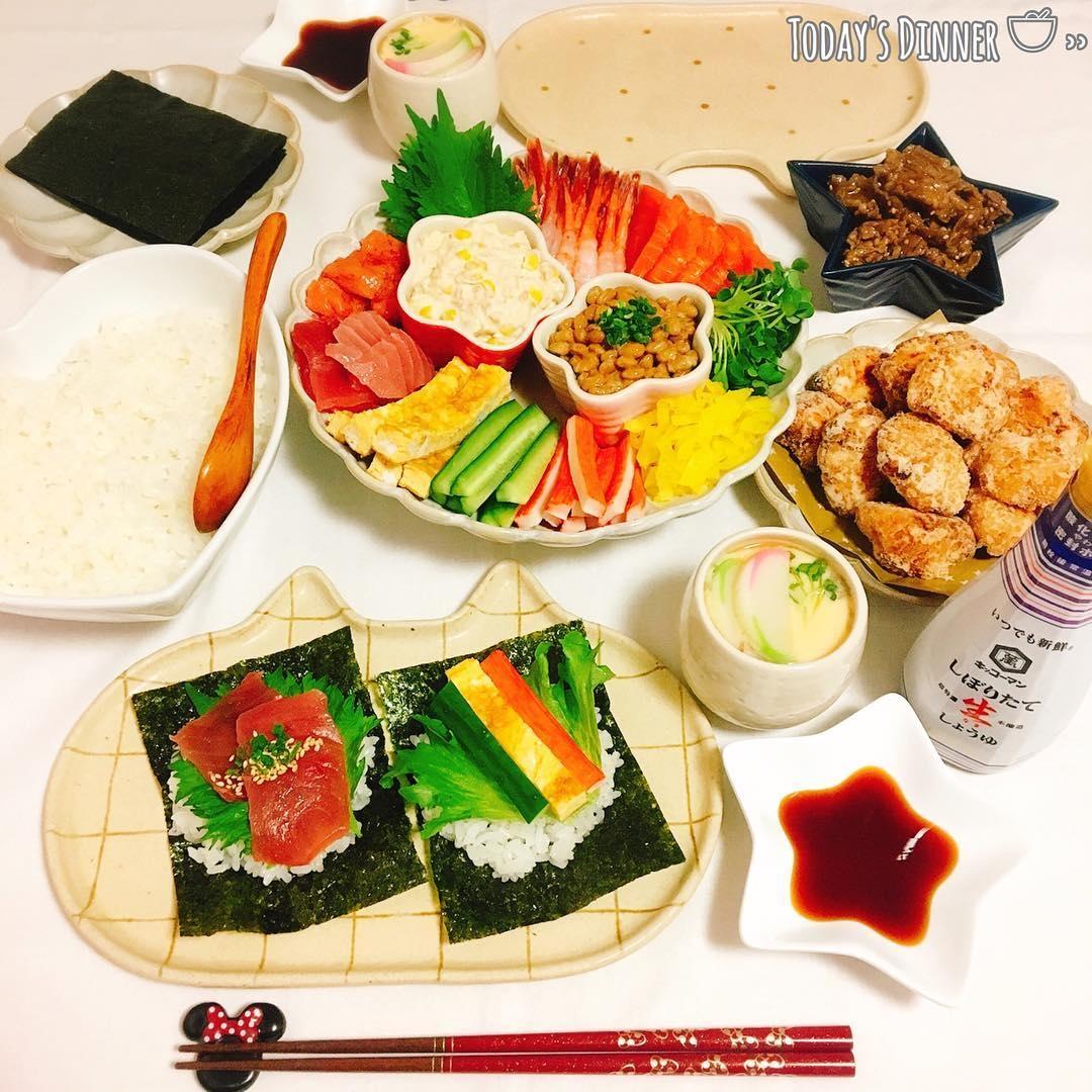 好みのネタはどれだ:手巻き寿司パーティー
