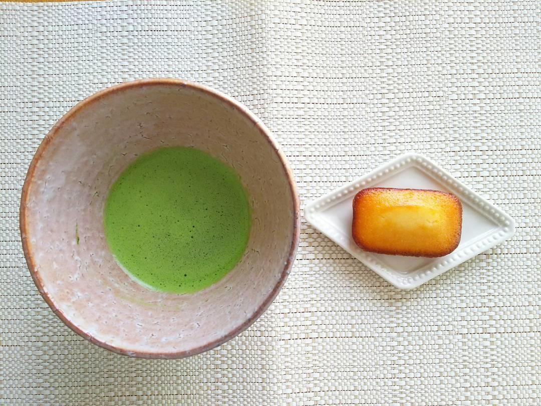 伝統的に使われている西京白味噌を使ったお菓子
