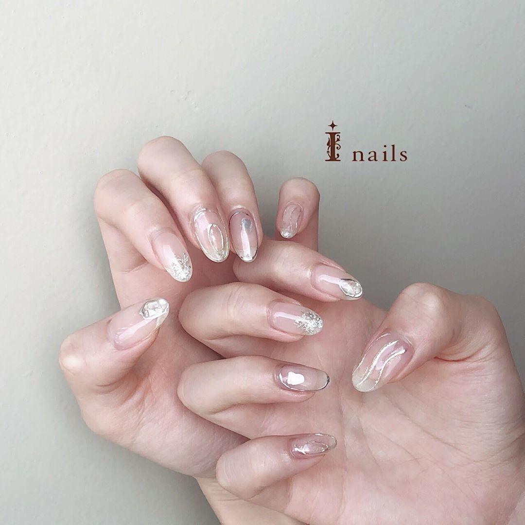爪の先、数mmでお洒落はキマる。ミラーとクリアのちょこんとフレンチCatalog