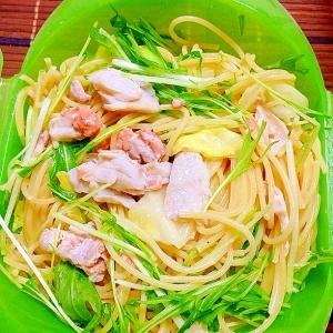 【ズボラ飯】ルクエで残った刺身のペペロンチーノ