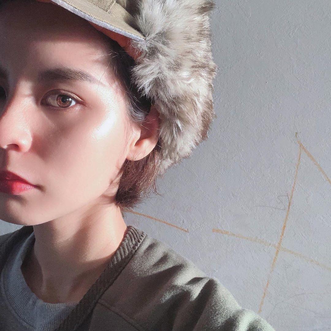 ONするだけで表情が変わる、帽子コーデを