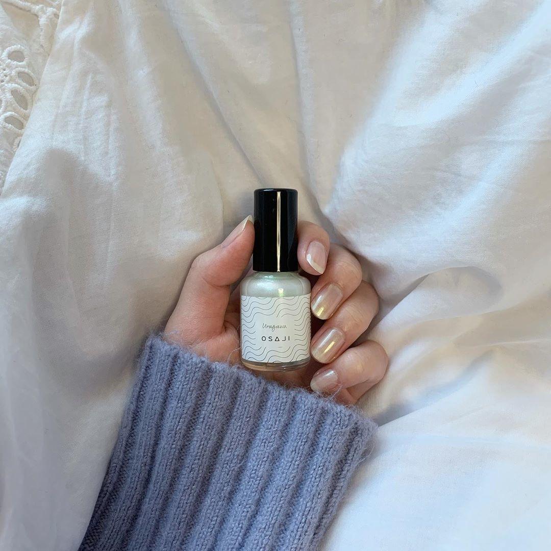 白昼夢、裏側、きっとetc…。『OSAJI』の爪に優しいネイルで叶える指先美人