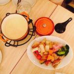 ホームパーティー、毎回鍋は飽きる説。食卓を囲んで、みんなで楽しく作れるレシピ3選