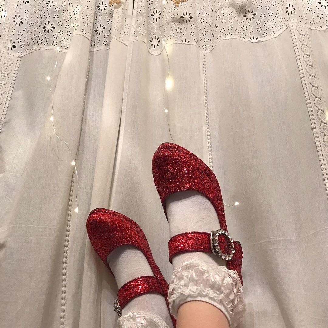 垢抜けのキッカケは靴でした。足元から魔法にかけられた、私のアップデート物語